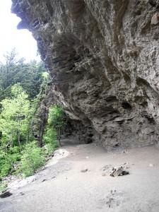 Alum Bluff Cave, GSMNP - Photo by Julie Dodd