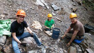 Alum Cave Trail volunteers
